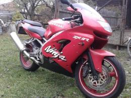 Kawasaki ninja zx 900