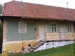 Kertes ház Tekerőpatakon