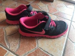Nike cipö