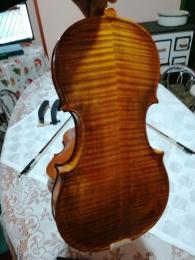 Olasz hegedű
