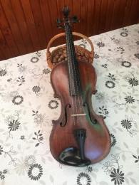 Régi HOPF márkájú hegedű