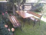 Rendelhető kültéri padok asztallal