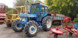 Traktor homlokrakodó